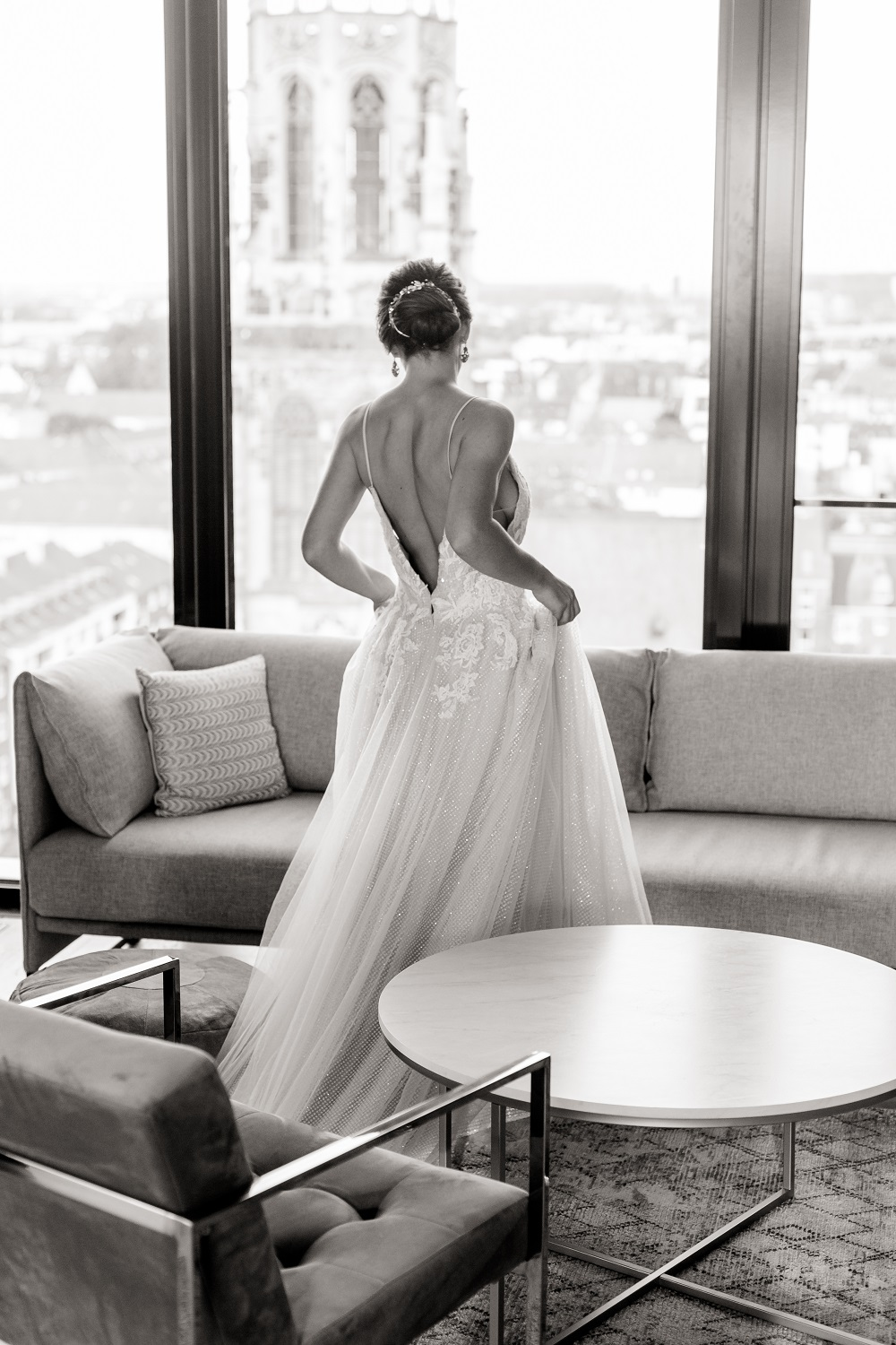 Elegant City Bride